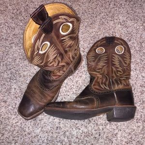 Men's Brown Leather Ariat Boots, Size 12EE